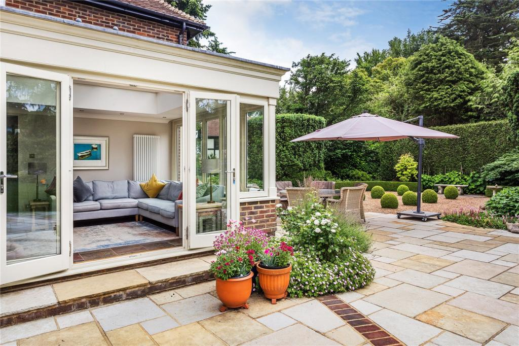 Woldingham property for sale, Wayside