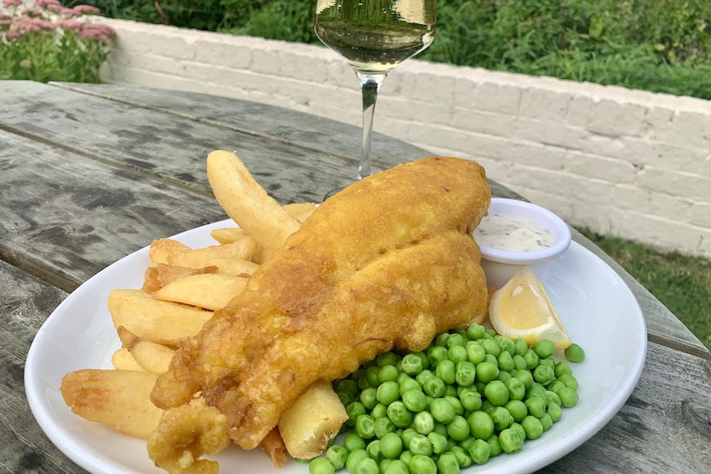 Inn on the Pond, Nutfield, fish and chips